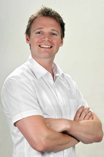 Simon Leonard, Physiotherapy at Mount-Leonard Physiotherapy and Sports Injury Clinic, Anglesey